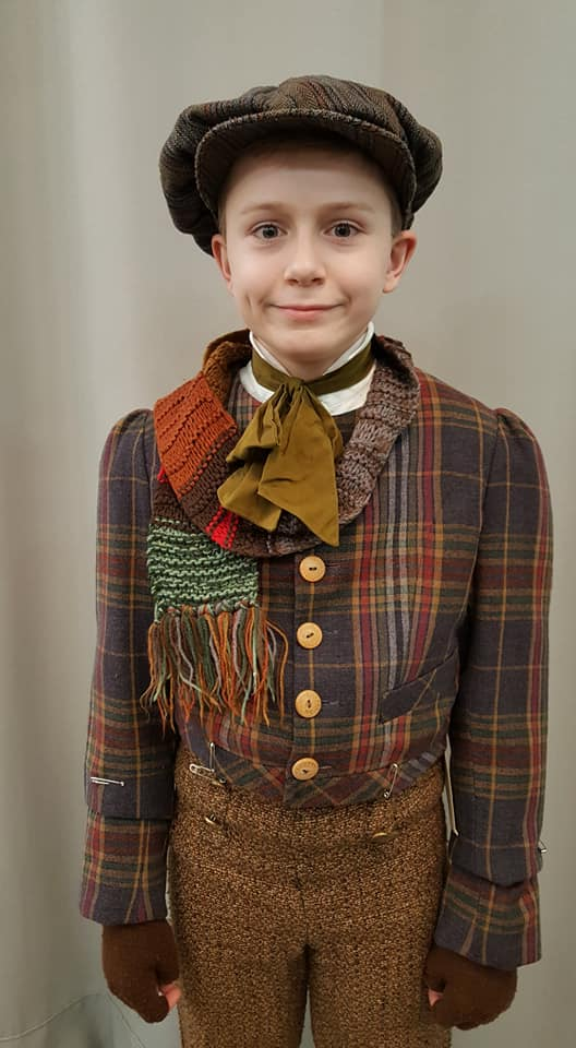 Tiny Tim Ian costume shop